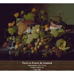 Tava cu fructe de toamna